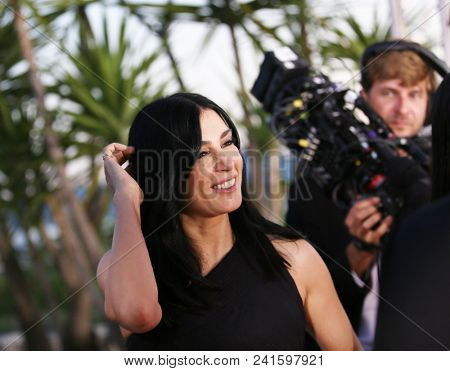 Nadine Labaki attends the photocall the Palme D'Or Winner during the 71st Cannes Film Festival at Palais on May 19, 2018 in Cannes, France.