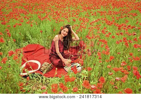 Woman Face Beauty. Poppy, Remembrance Or Anzac Day. Opium Poppy, Agile Business, Ecology. Journalism