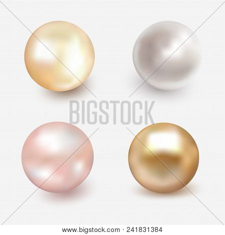Set Of Shiny Sea Pearl. Spherical Beautiful 3d Orb With Transparent Glares And Highlights. Jewelry G