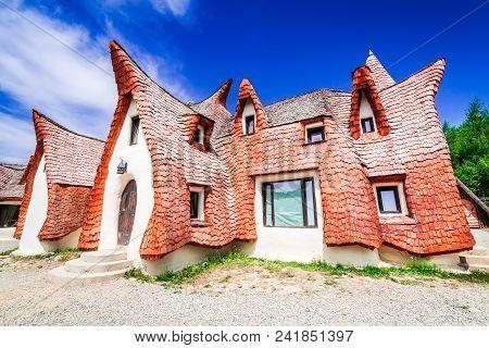 The Valley Of The Fairies (castelul De Lut, Valea Zanelor), Transylvanian Hobbit Castle Built Of Cla