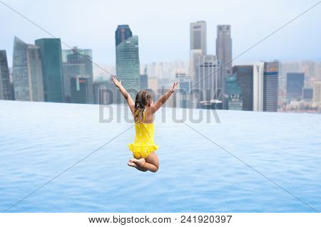 Kids Swim In Singapore Roof Top Swimming Pool