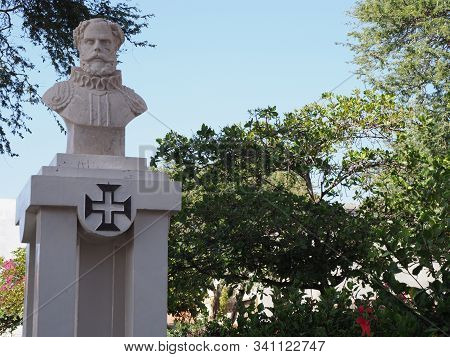 Mindelo, Cape Verde On April 2019: Monument Of Sa Da Baneira At Praca Nova Square, Called Amilcar Ca
