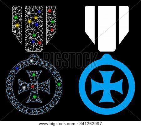 Glossy Mesh Maltese Cross Icon With Glow Effect. Abstract Illuminated Model Of Maltese Cross. Shiny