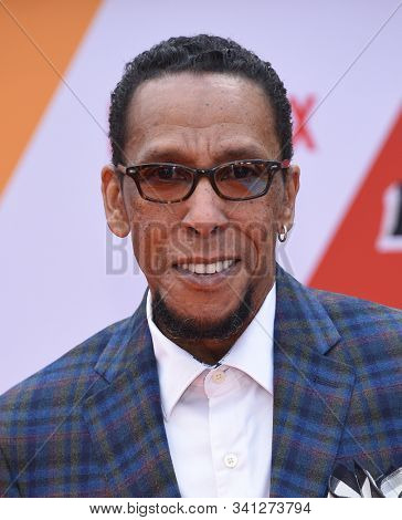 LOS ANGELES - SEP 28:  Ron Cephas Jones arrives for 'Dolemite Is My Name' Los Angeles Premiere on September 28, 2019 in Westwood, CA