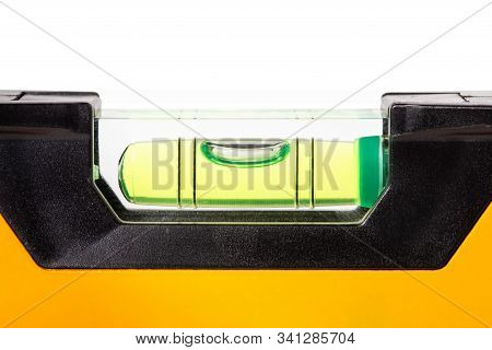 Spirit Level Close Up On White Background, Construction Bubble Level Yellow, Spirit Level Tool, Yell