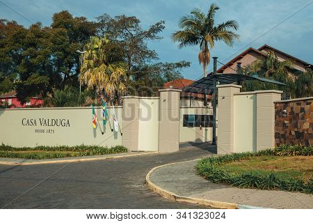 Bento Goncalves, Brazil - July 13, 2019. Wall With The Company Sign And Main Entrance Of Casa Valdug