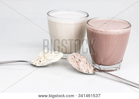 Proterin Drink In Vanilla And Chocolate Flavor With Powder Scope