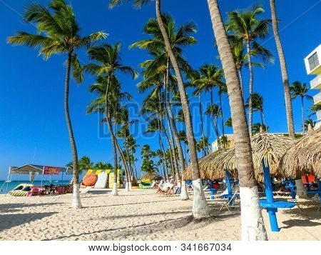 Palm Beach, Aruba - December 4, 2019: View Of Palm Beach On The Caribbean Island Of Aruba. Many Hote