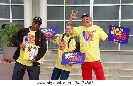 Long Beach, Ca - Nov 16, 2019: Supporters For Presidential Candidate Kamala Harris Holding Signs Out
