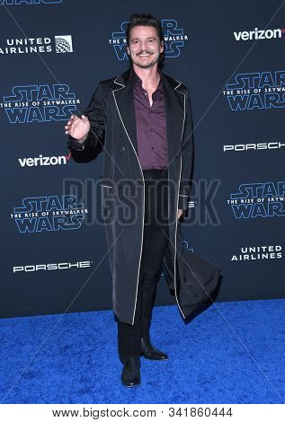 LOS ANGELES - DEC 16:  Pedro Pascal arrives for the ÔStar Wars: The Rise of SkywalkerÕ Premiere on December 16, 2019 in Hollywood, CA