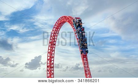 Istanbul, Turkey - September 2018: Visitors Ride On A Roller Coaster In Viasea Tema Park, Istanbul,