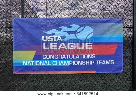 Orlando,fl/usa-11/16/19:  A Sign Congratulating The National Champship Teams Of The United States Te