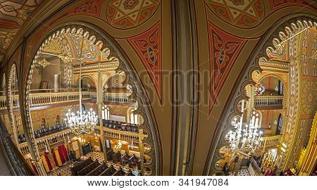 Bucharest, Romania - November 27, 2019: Inside Of The Synagogue Choral Temple, A Copy Of Vienna Leop