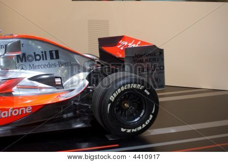 Mclaren Mercedes Benz F1 Racing Team