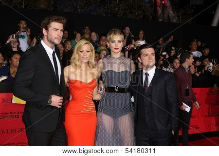 LOS ANGELES - NOV 18:  Liam Hemsworth, Elizabeth Banks, Jennifer Lawrence, Josh Hutcherson at the The Hunger Games:  Catching Fire Premiere at Nokia Theater on November 18, 2013 in Los Angeles, CA