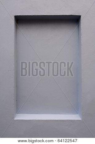 Oblong wall indentation