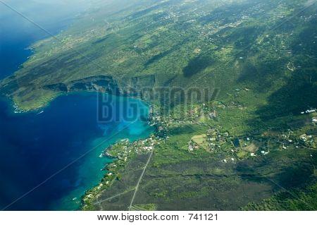 Big Island Aerial Shot - Kealakekua Bay