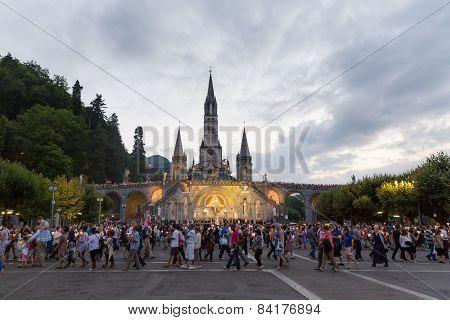 Pilgrims Partaking In La Procession Mariale Aux Flambeaux