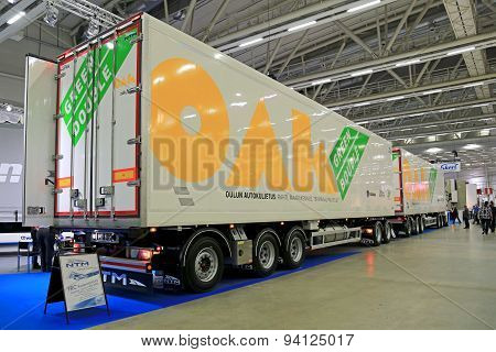Oak Green Double 88 Tonne Combination Vehicle