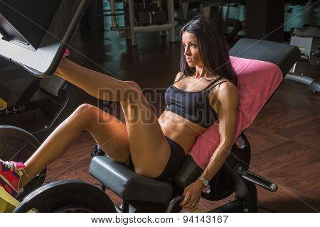 Woman on leg press