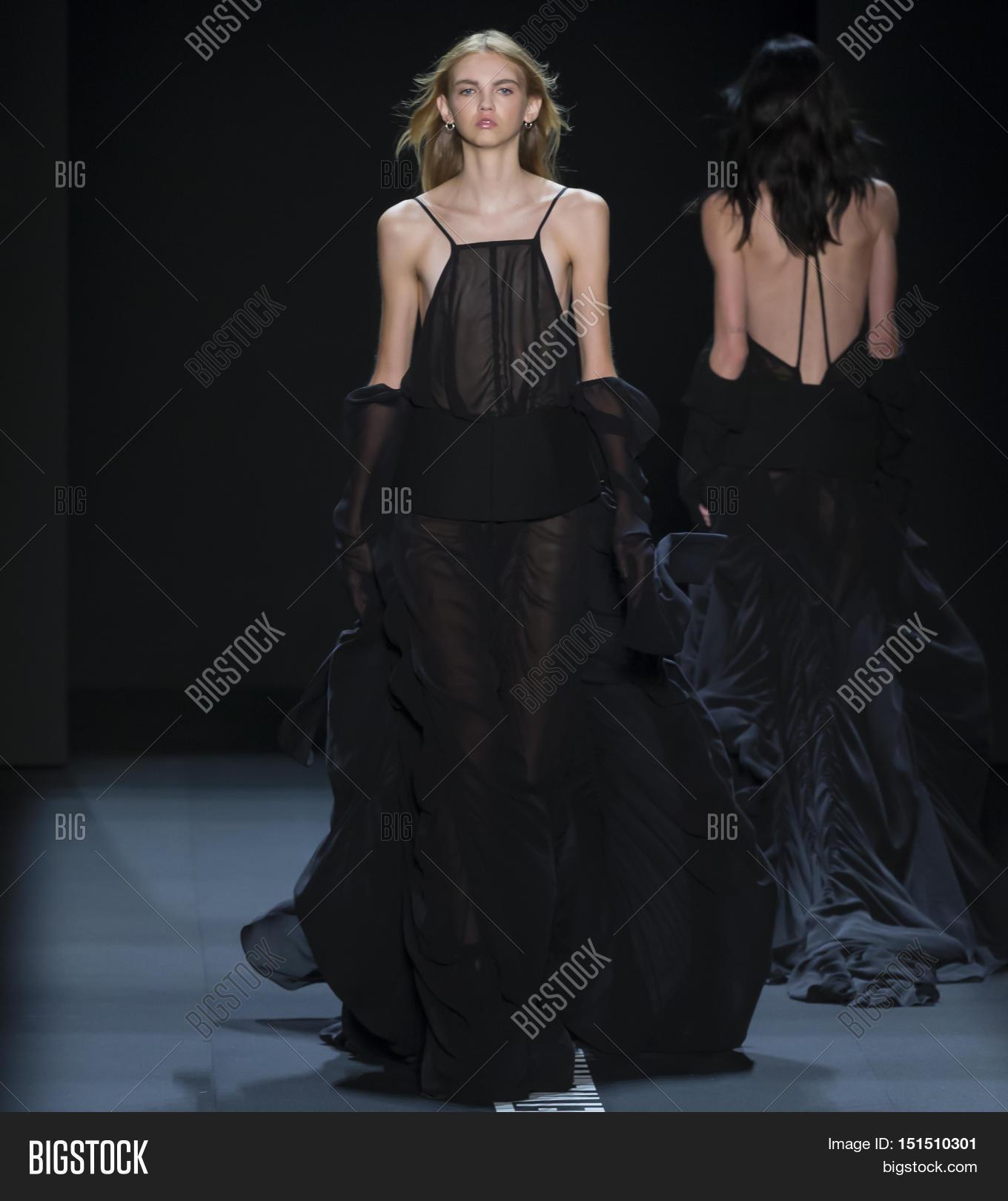 e03c97a71548 NEW YORK NY - SEPTEMBER 13 2016  Molly Bair walks the runway at the Vera  Wang Spring Summer 2017 fashion show during New York Fashion Week