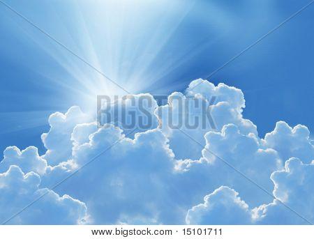 красивые облака и солнце