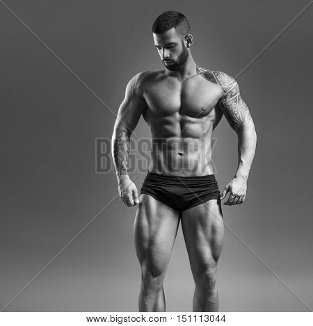 Muscular man - half-length black and white photo