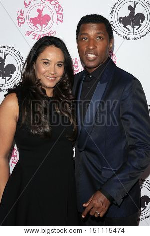 LOS ANGELES - OCT 8:  Nicole Pantenburg, Kenny Edmonds at the 2016 Carousel Of Hope Ball at the Beverly Hilton Hotel on October 8, 2016 in Beverly Hills, CA