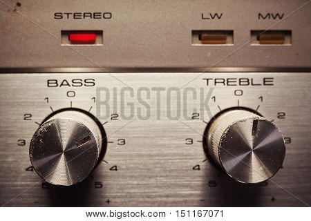 Bass And Treble Control