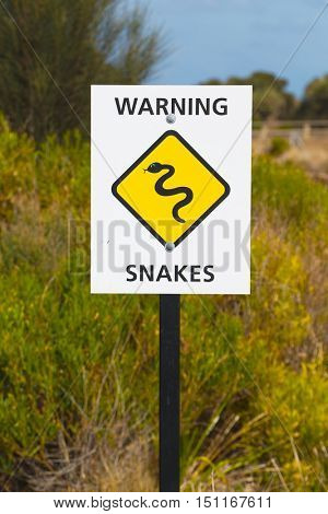 Snake warning sign in Australia