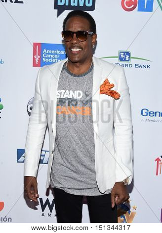 LOS ANGELES - SEP 09:  Charlie Wilson arrives to the Stand Up To Cancer 2016 on September 09, 2016 in Hollywood, CA