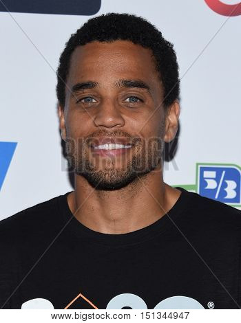 LOS ANGELES - SEP 09:  Michael Ealy arrives to the Stand Up To Cancer 2016 on September 09, 2016 in Hollywood, CA