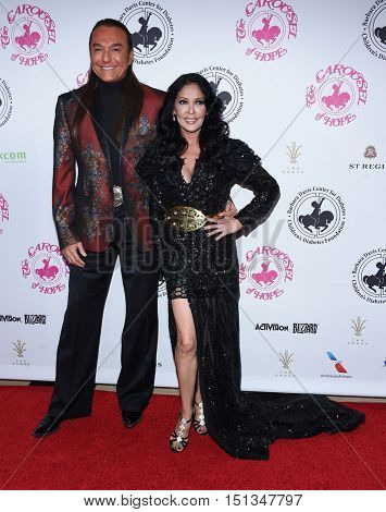 LOS ANGELES - OCT 8:  Apollonia and Nick Chavez arrives to the Carousel of Hope 2016 on October 8, 2016 in Hollywood, CA