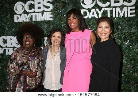 LOS ANGELES - OCT 10:  Sheryl Underwood, Sara Gilbert, Aisha Tyler, Julie Chen at the CBS Daytime #1 for 30 Years Exhibit at the Paley Center For Media on October 10, 2016 in Beverly Hills, CA
