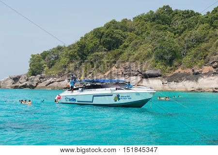 Pang-nga, Thailand - Mar 3, 2015: Tourists Are Diving In The Andaman Sea