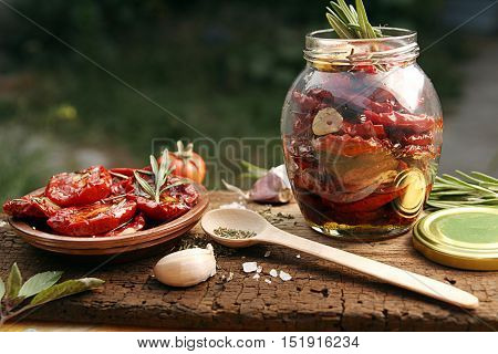 Preparation Dried Tomatoes