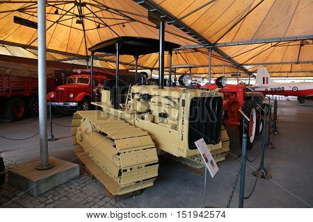 Caterpillar Agricultural Tractor With Rubber Tracks