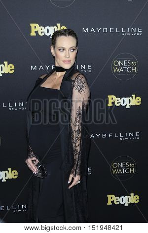 LOS ANGELES - OCT 13:  Peta Murgatroyd at the People's One to Watch Party at the E.P. & L.P on October 13, 2016 in Los Angeles, CA