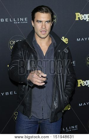 LOS ANGELES - OCT 13:  Rob Mayes at the People's One to Watch Party at the E.P. & L.P on October 13, 2016 in Los Angeles, CA