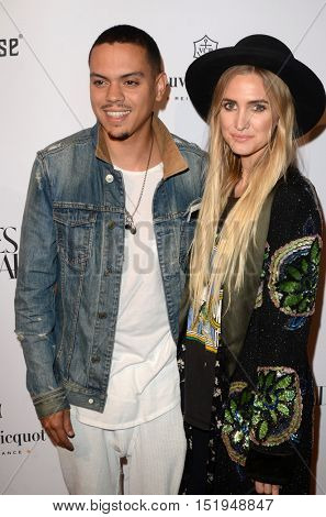 LOS ANGELES - OCT 13:  Evan Ross, Ashlee Simpson at the What Goes Around Comes Around Boutique Grand Opening at the What Goes Around Comes Around Boutique on October 13, 2016 in Beverly Hills, CA