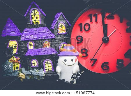 Halloween count down ghost house toy party