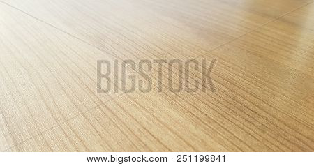Wood wooden table top on gray background,Empty wooden table perspective for product placement montag