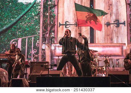 Damian Marley Singing Live