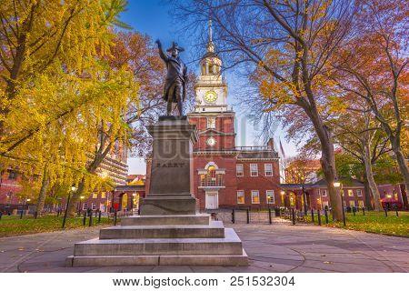 PHILADELPHIA, PENNSYLVANIA - NOVEMBER 18, 2016: Independence Hall in Philadelphia at twilight in the autumn season.