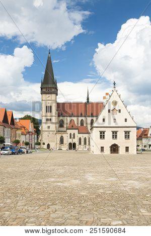 Slovakia, Prešovský Kraj, Slovakia, Bardejov, Market Square St Egidius Basilica And Town Hall