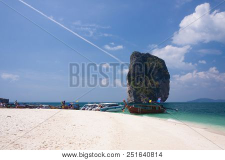 Tropical White Sand Beach At  Krabi, Thailand