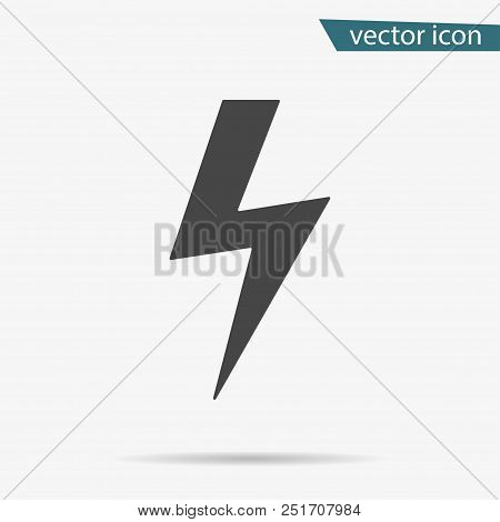 Thunder Icon. Lightning Vector Isolated. Modern Simple Flat Warning Sign. Electr Icty Nternet Concep