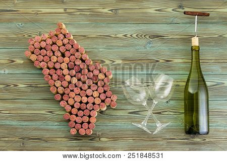 Map Of Napa Valley Wine Growing County In California Usa With Crossed Empty Winer Glasses And A Bott