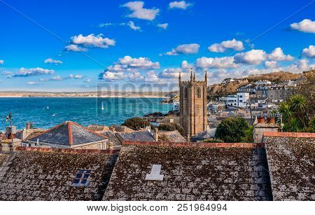 View Of The Town And Bay Of St Ives, In Cornwall, England.  The Town Is A Popular Seaside Resort, No