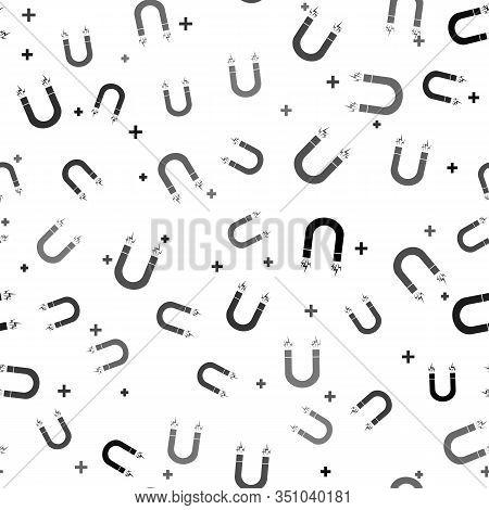 Black Magnet Icon Isolated Seamless Pattern On White Background. Horseshoe Magnet, Magnetism, Magnet